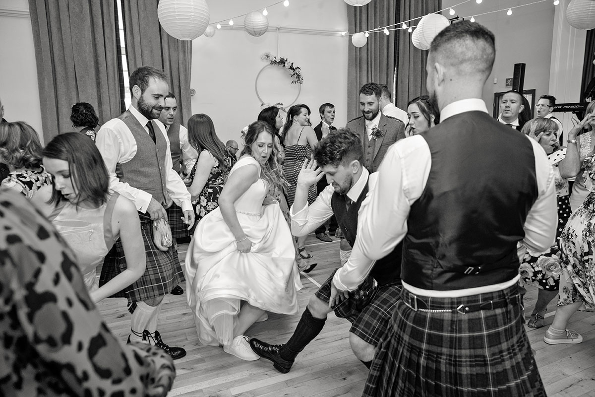 bride-and-guests-on-dancefloor