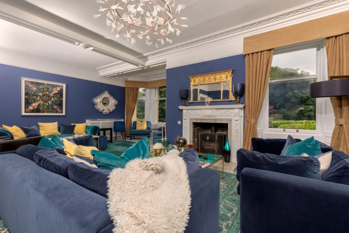Castleton-House-Glamis-living-room