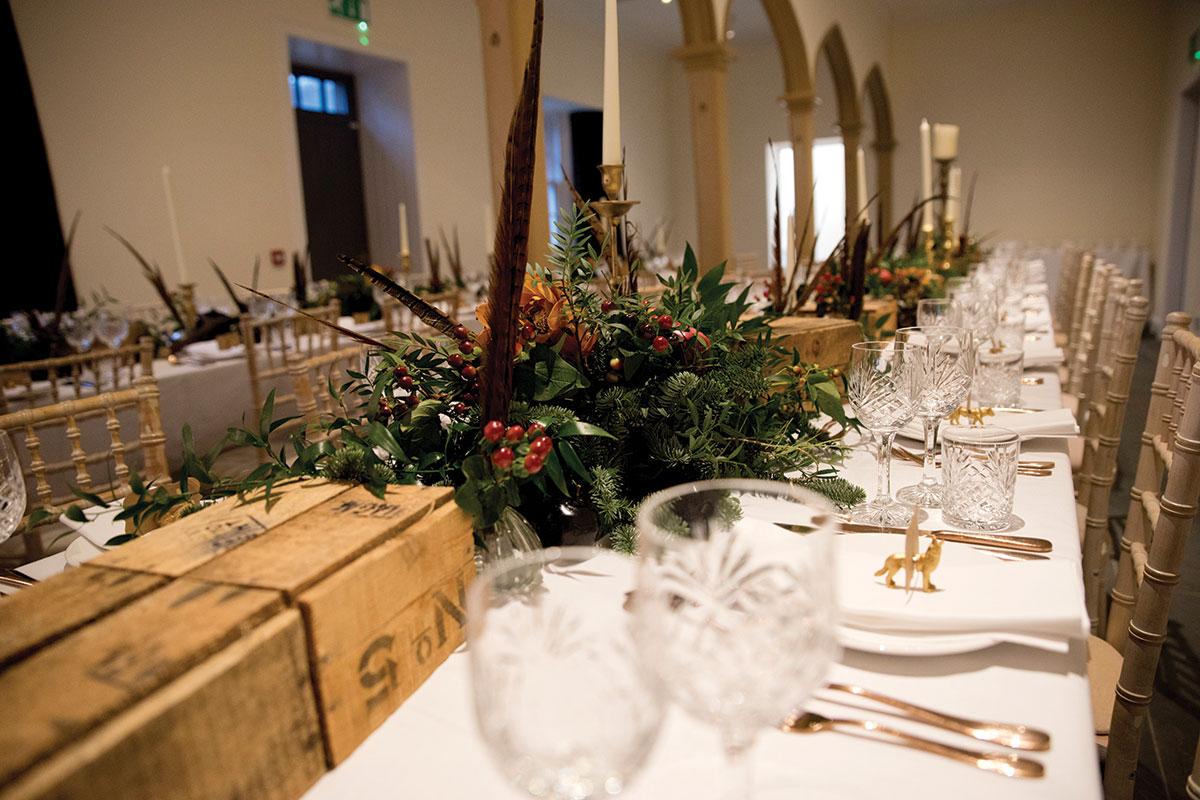 abercariny_wedding-table-setup