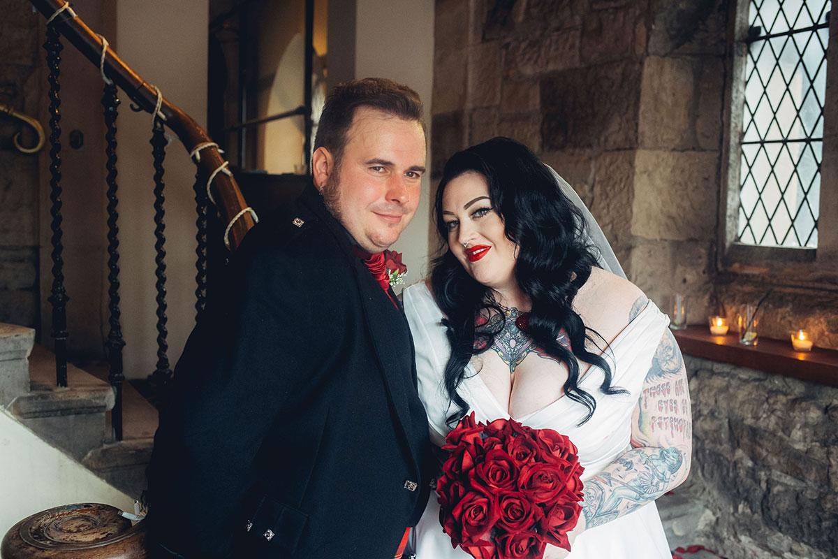 bride-and-groom-in-the-doorway-of-oran-mor