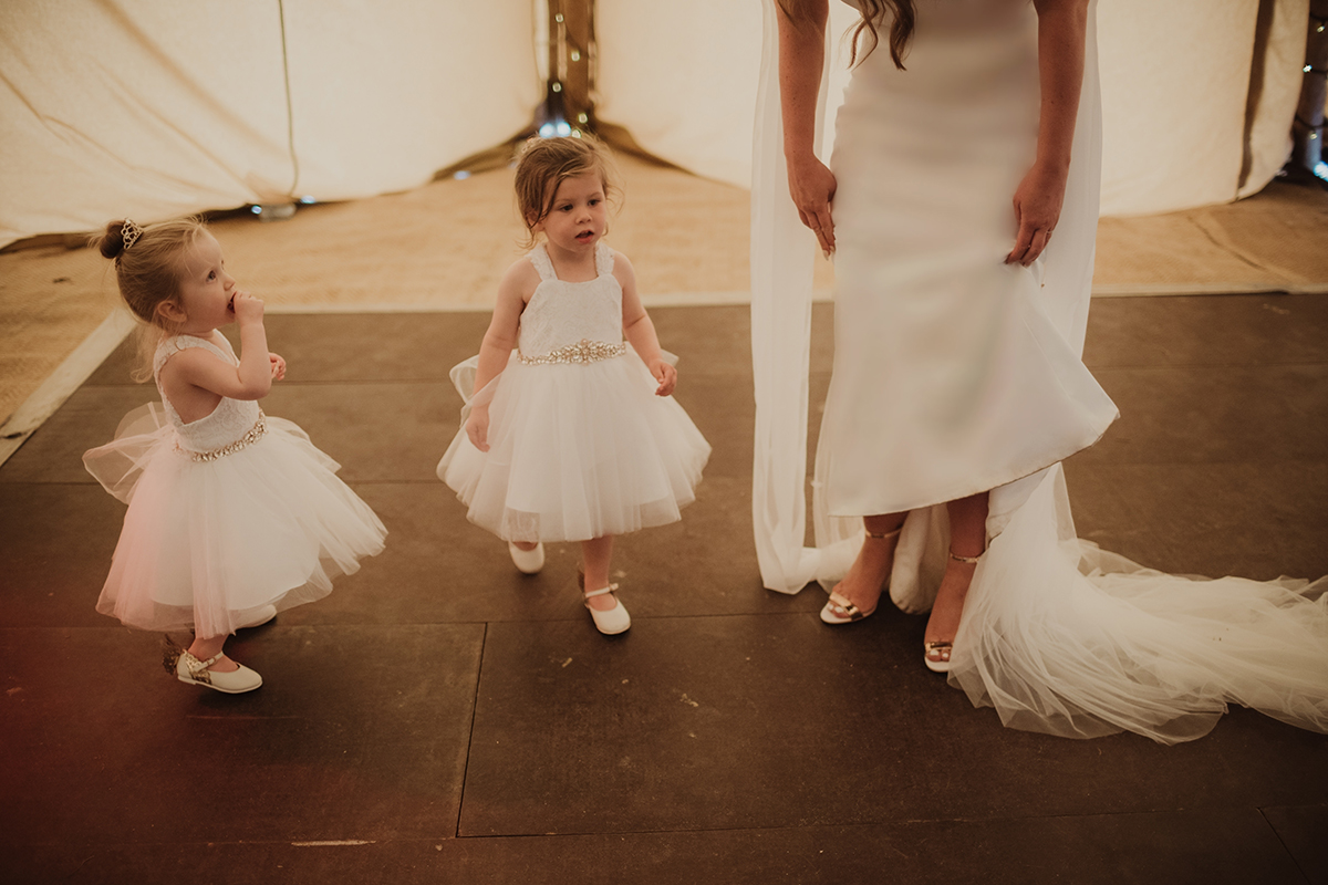 flowergirls-on-the-dancefloor-with-the-bride
