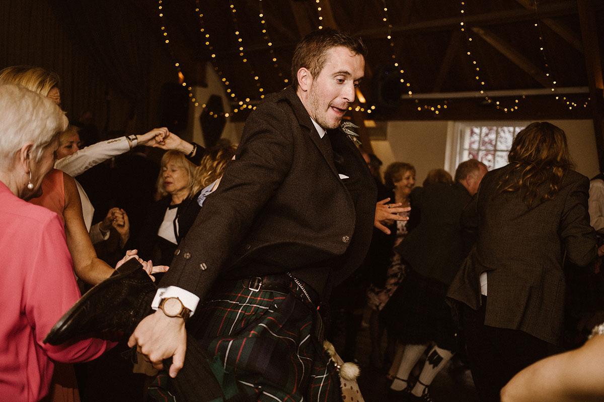 groom-ceilidh-dancing