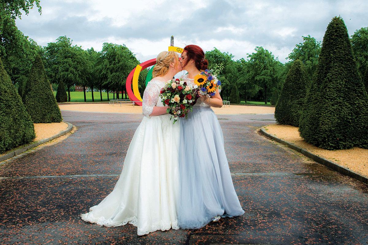 brides-in-glasgow-green