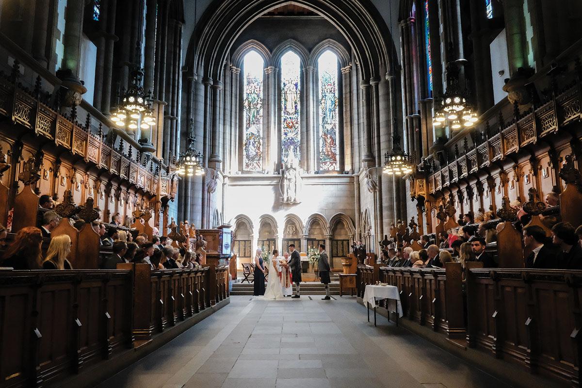wedding-ceremony-at-glasgow-university-chapel