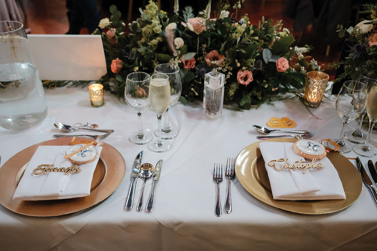 bride-and-groom-table-setting-at-oran-mor