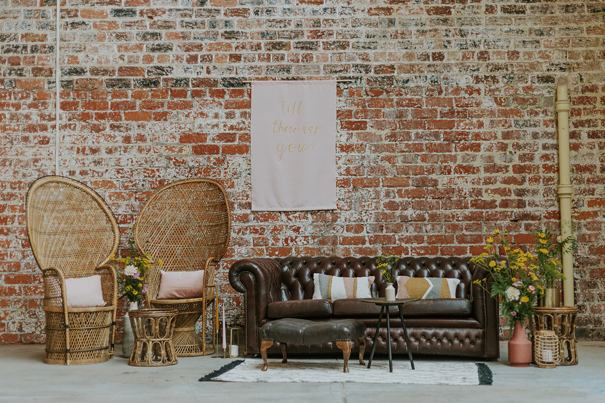 weaving-shed-dundee-peacock-chairs-chesterfield-sofa-wedding-decor