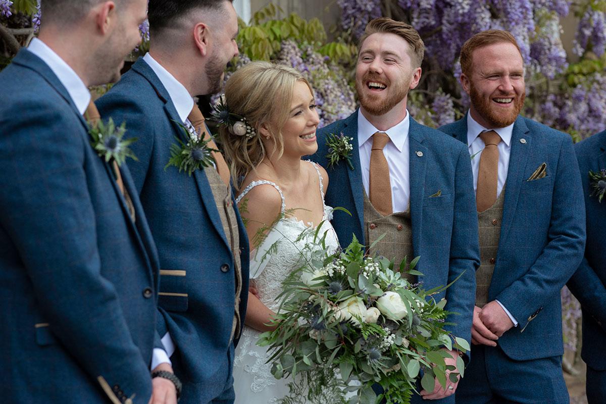 bride-groom-groomsmen-errol-park