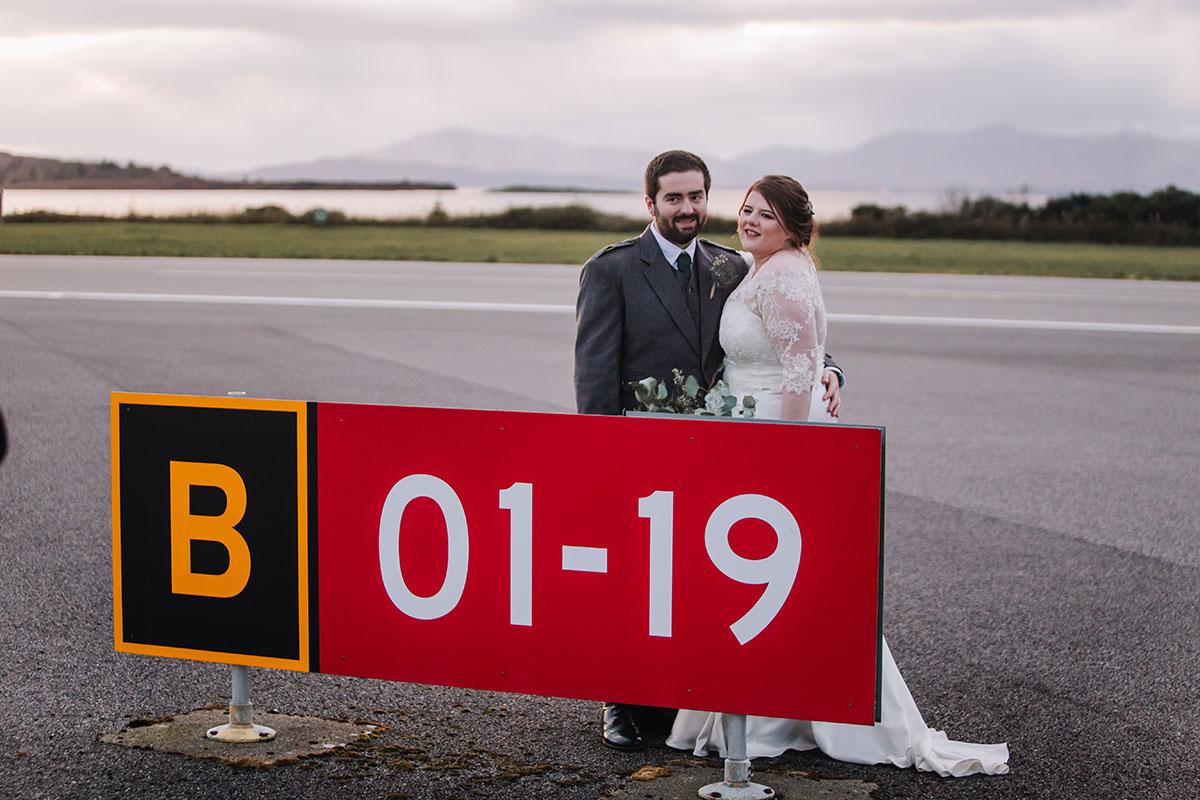 bride-groom-airport-sign-oban