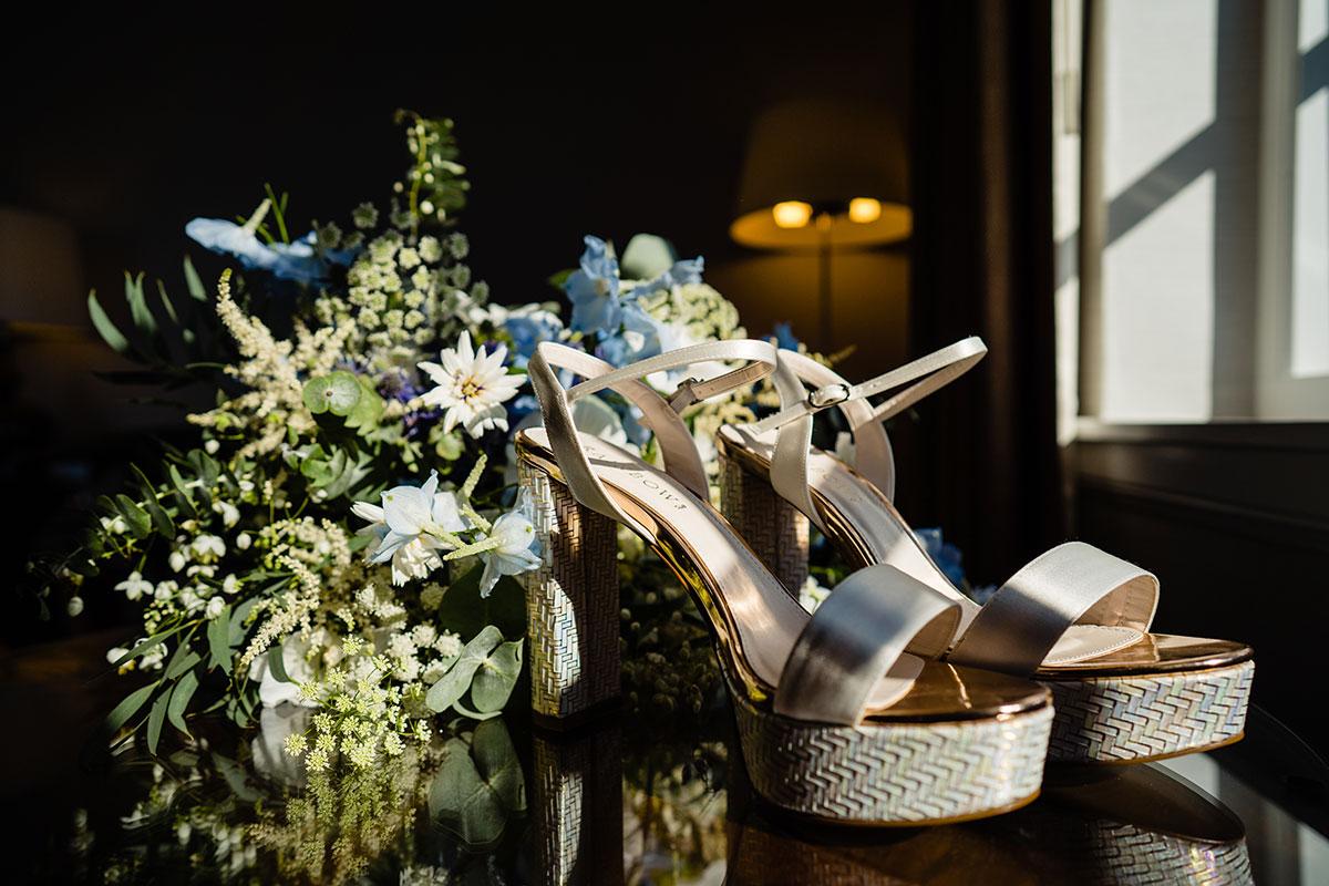 fife-wedding-victoria-photography-rainbow-club-shoes-bouquet