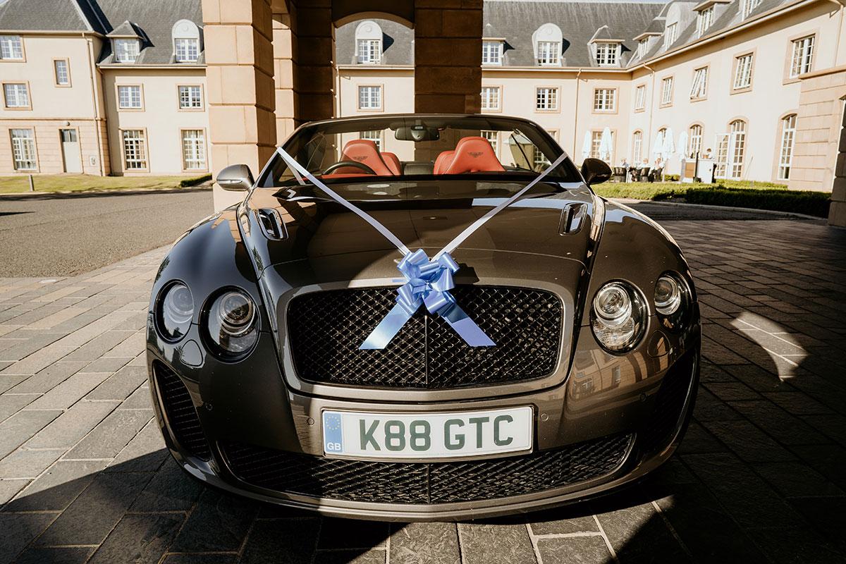 convertible-wedding-car-fife-wedding-victoria-photography