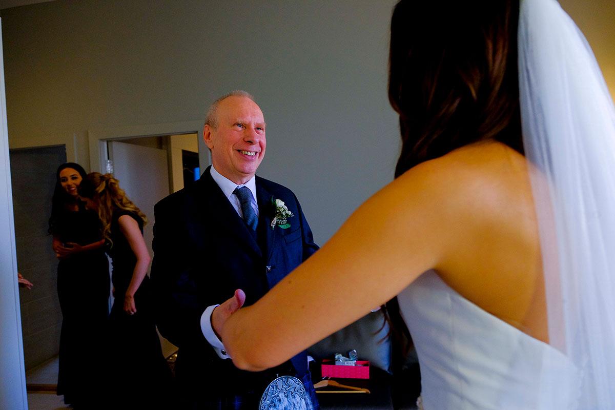 bride-happy-dad-wedding-morning-apex-hote