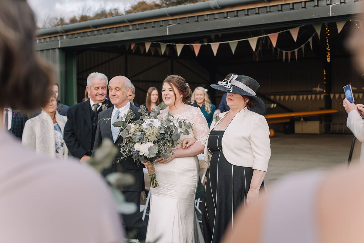 wedding-oban-airport-bride-given-away-by-mum-dad