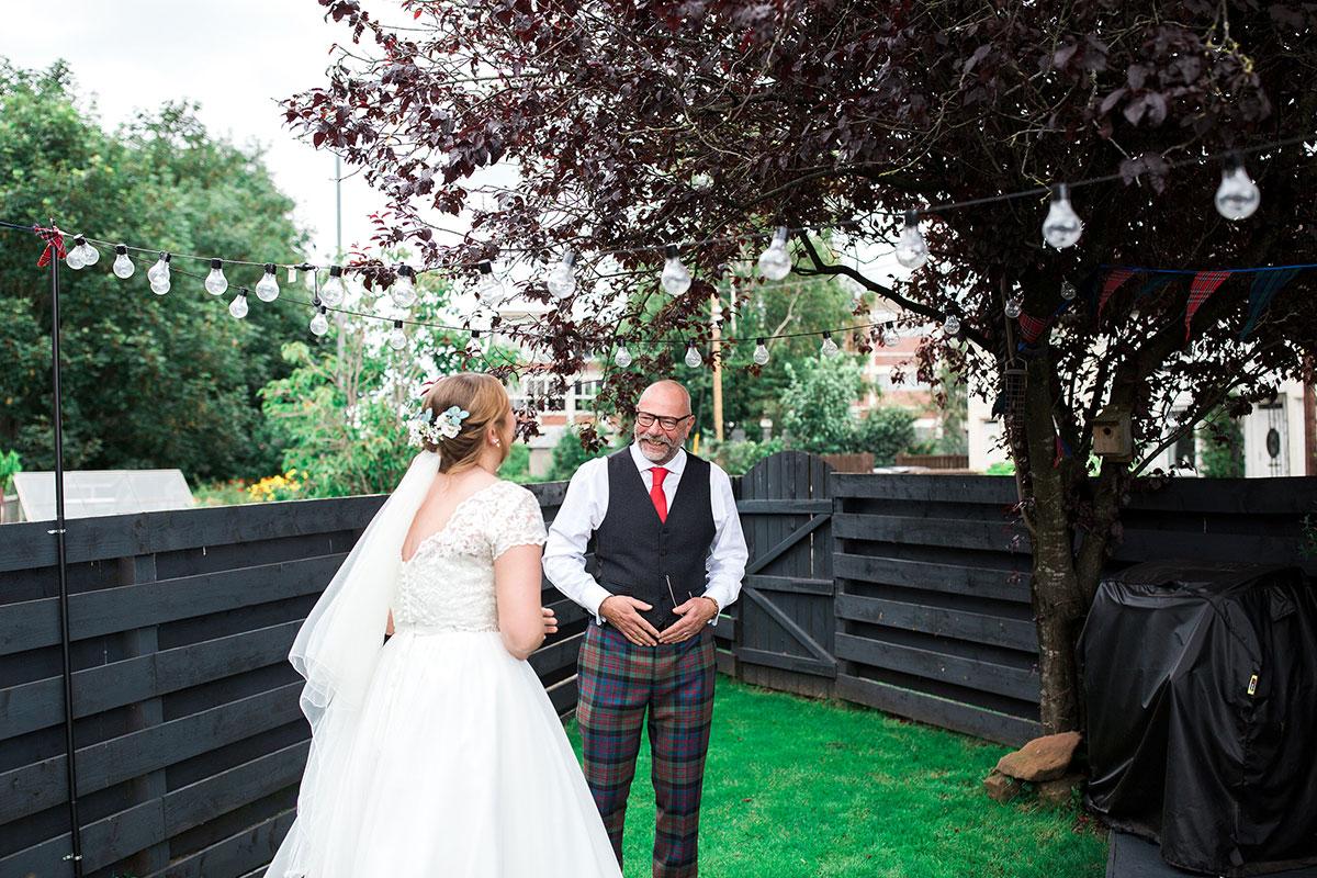 Hemera Visuals dad and bride first look