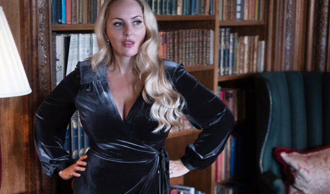 Charcoal robe by Bombshell London
