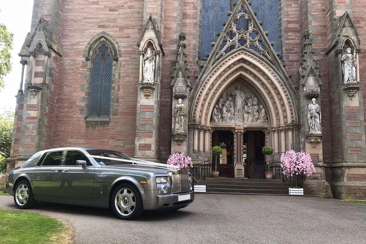 D&E Prestige Hire Rolls-Royce Phantom outside church