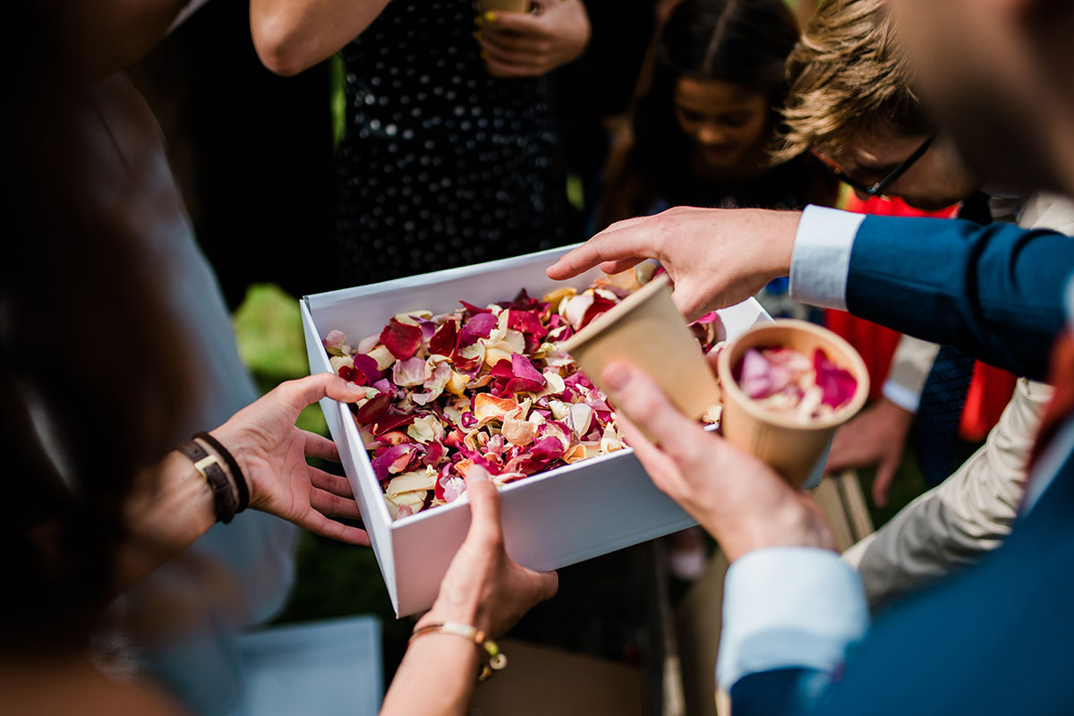 cormiston farm wedding mirrorbox photography petal confetti