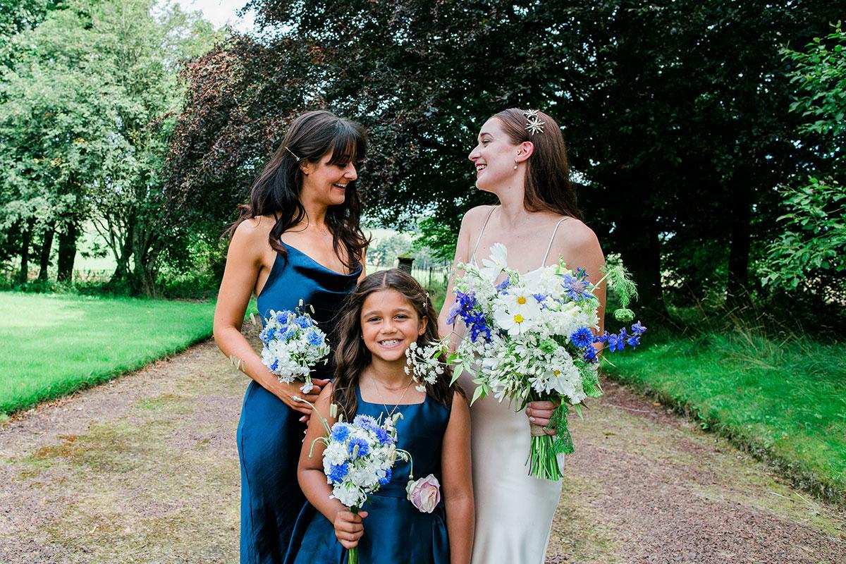 cormiston farm wedding mirrorbox photography bride with bridesmaids