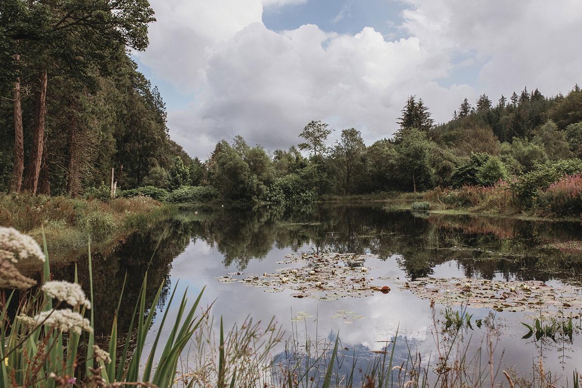 Drumtochty Castle loch