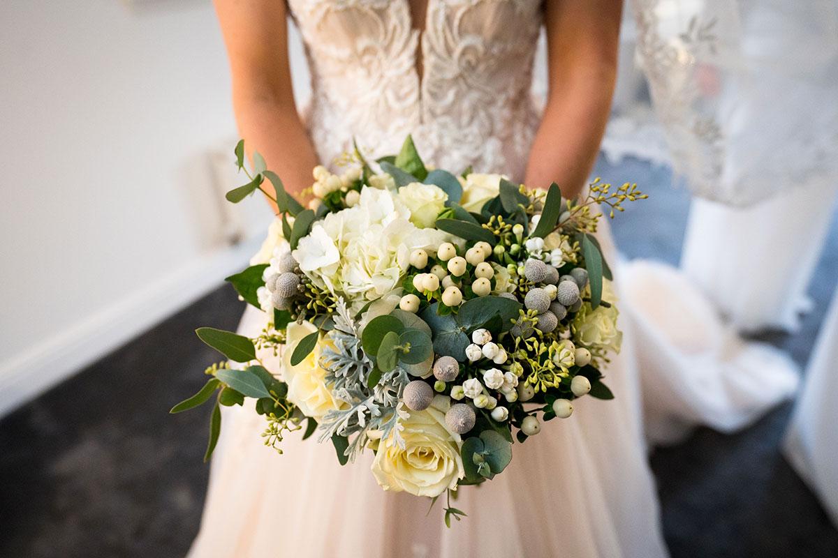 trudi todd flowers white bridal bouquet