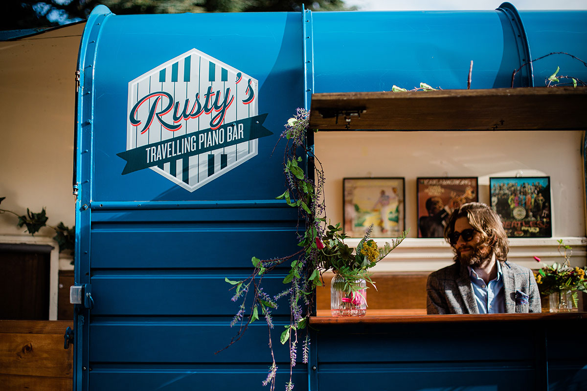 Rustys Travelling Piano Bar at Errol Park