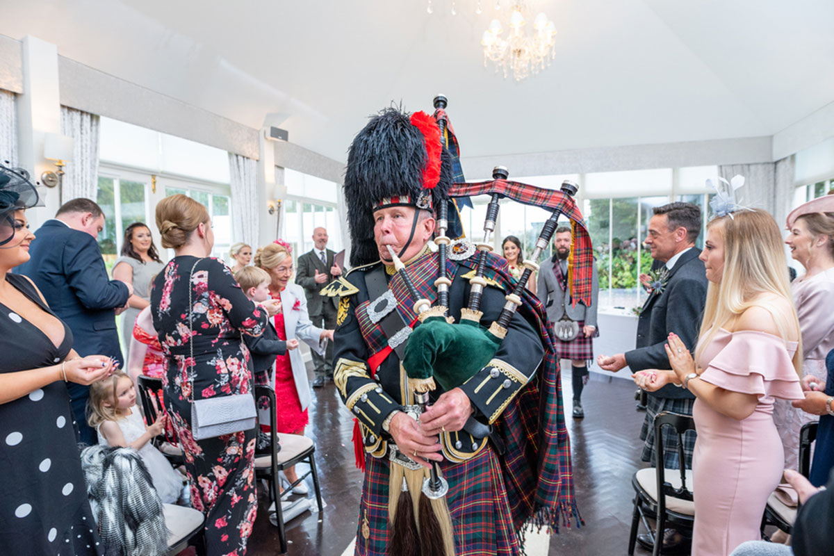 GD Bagpiping at Carlowrie Castle wedding