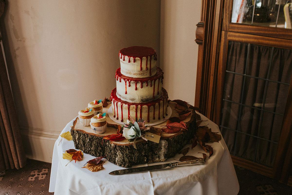 Cuckoo's Bakery drip wedding cake