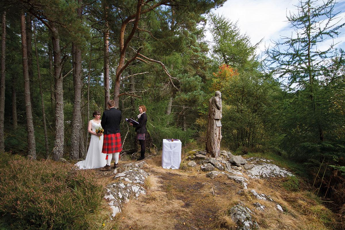 Woodland elopement ceremony by Independent Humanist Ceremonies