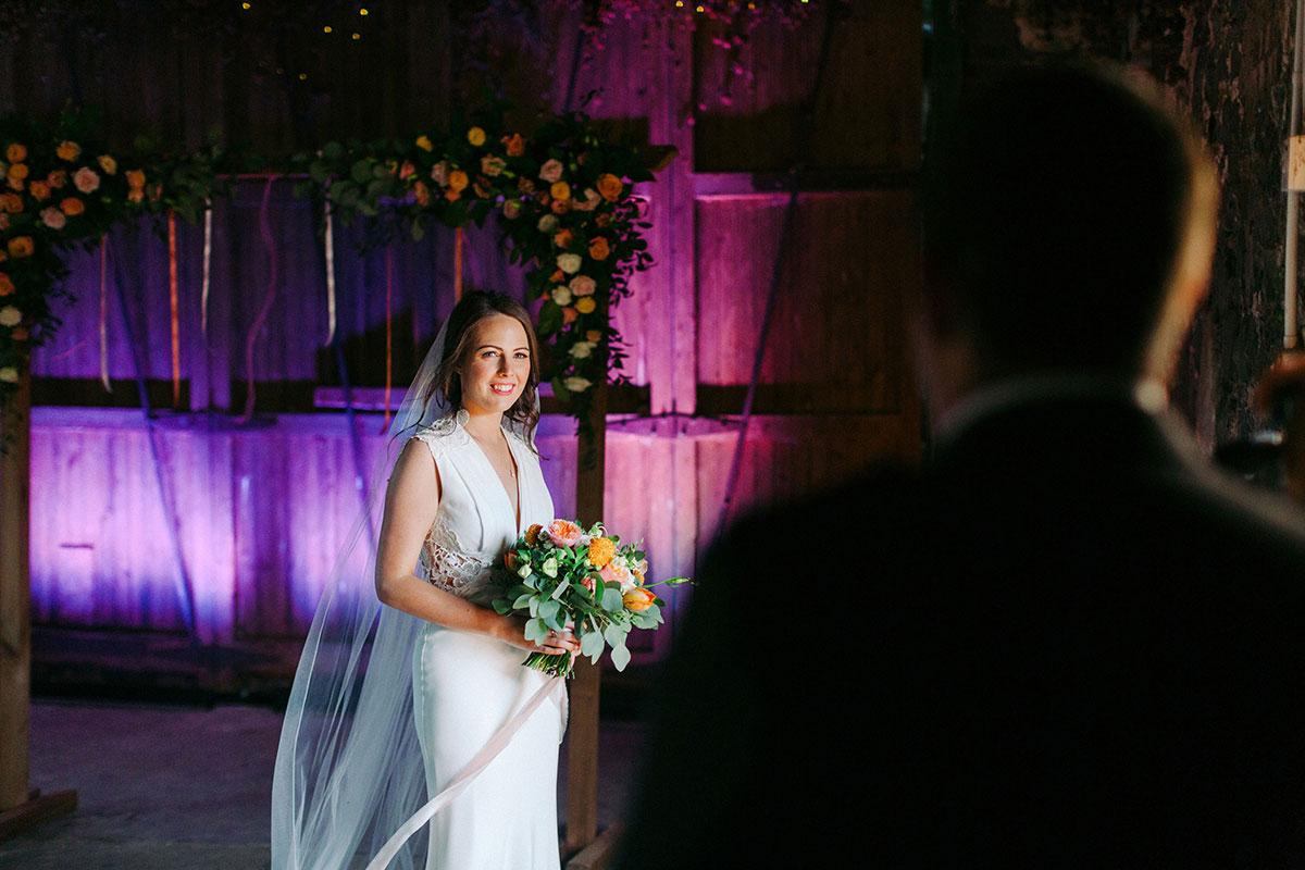 bride and groom at Pratis Barn