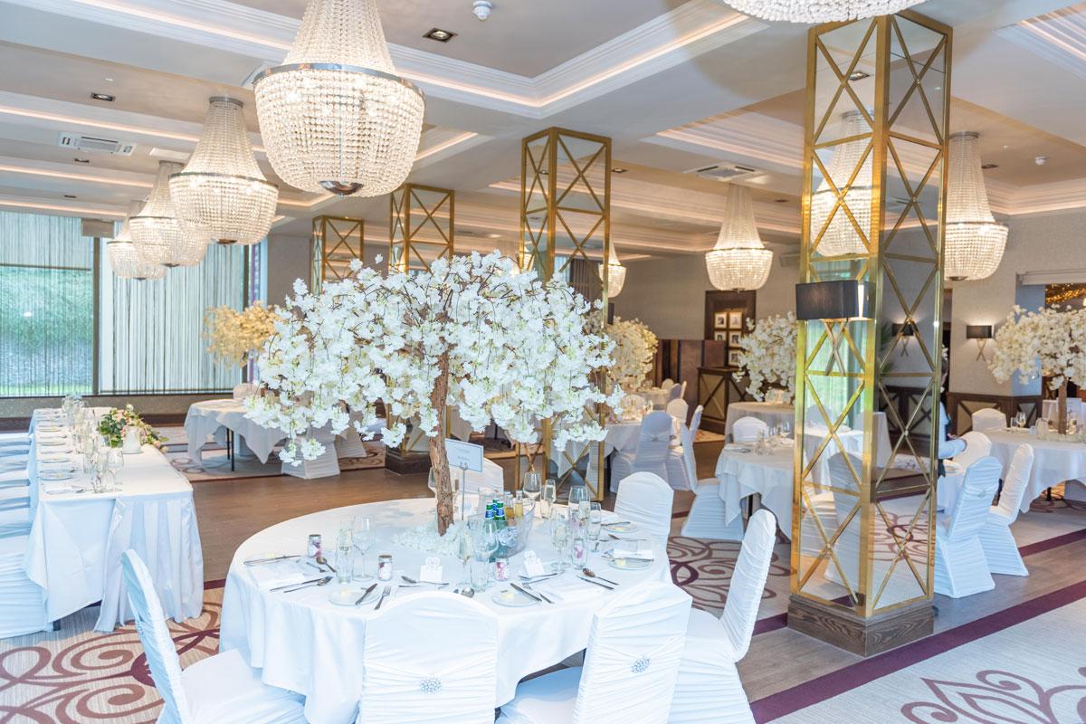 Boclair House set for a wedding dinner